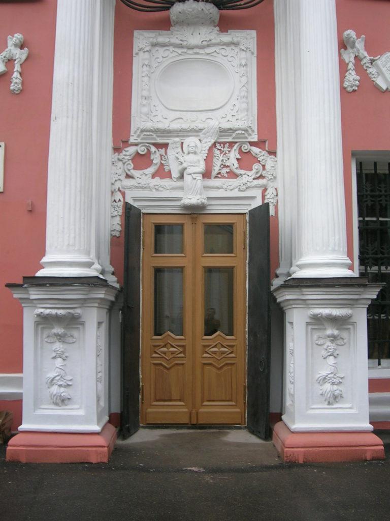 Doorcoua - двери из массива ольхи, ясеня, дуба